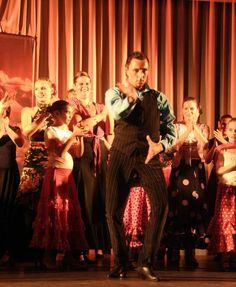 13-06-2015 Fiesta Flamenca 30 Dansers Gitaar Kambiz Afshari Zang Manuel Espinosa Choreografie Heleen Aanvang 20.00 uur. Zaal open 19.30 h F Witte centrum de Bilt H Dunantplein 4 Gratis parkeren Info: casafl@hetnet.nl