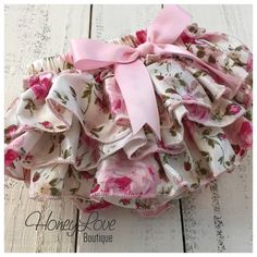 Bloomers - Pink Floral Satin Ruffles - diaper cover ruffle butt ruffle bottom - newborn infant todder baby girl - vintage inspired by HoneyLoveBoutique Baby Outfits, Little Girl Dresses, Kids Outfits, Baby Dresses, Cute Baby Girl, Cute Babies, Babies Stuff, Baby Boy, Vintage Baby Mädchen
