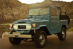Learn more about BaT Exclusive: Owner-Built 1978 Toyota Land Cruiser on Bring a Trailer, the home of the best vintage and classic cars online. Toyota 4x4, Toyota Trucks, Toyota Cars, Toyota 4runner, Toyota Land Cruiser, Japanese Cars, Vintage Trucks, Ford Gt, Cool Trucks