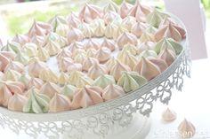 eggehvite Norwegian Food, What To Cook, Vanilla Cake, Snacks, Cookies, Baking, Sweet, Desserts, Recipes