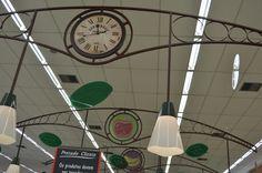 Projeto de loja | Comunicação Visual | Detalhe: Relógio - Design exclusivo | Setor Hortifruti Savegnago - São Carlos-SP