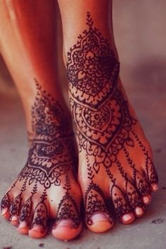 "tattooednbeautiful: ""Henna tattoos are non-permanent tattoos and they are really beautiful when done properly. Here are 87 beautiful henna foot tattoos ideas. Mehndi Designs, Legs Mehndi Design, Henna Tattoo Designs, Henna Foot Designs, Wedding Henna Designs, Indian Henna Designs, Toe Designs, Leg Mehndi, Henna Mehndi"