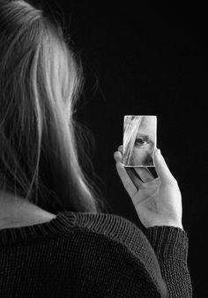Mindset – Wie Sie Ihr Denken ändern können und damit Ihr gesamtes Erleben  Haben Sie Angst davor beurteilt zu werden, wenn Sie eine Rede halten? Fürchten Sie sich vor der kritischen Meinung Ihrer ZuhörerInnen? Gehen Sie Situationen in denen Sie öffentlich sprechen müssen aus dem Weg?  Sollten Sie die Mehrzahl dieser Fragen mit ja beantworten, kann es sein, dass es Ihnen hilft über Ihr Selbstbild, Ihre Denkweise (Mindset) Gedanken zu machen.