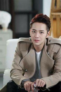 Jang Keun Suk ♡ #Kdrama // Pretty Man-One of the hairstyles I actually liked.