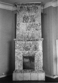 DigitaltMuseum - Hjobergs kakelugn Frändefors från slutet av 1800-talet. Se hembygden 1973 sid. 27.