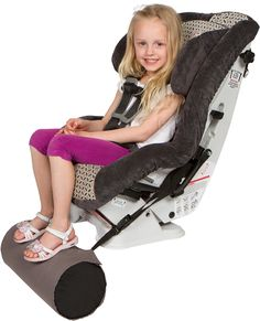 Foot rest for car seat My Baby Girl, Baby Love, Road Trip With Kids, Kids Class, Baby Must Haves, Sleeping Bag, Foot Rest, Diy For Kids, My Best Friend
