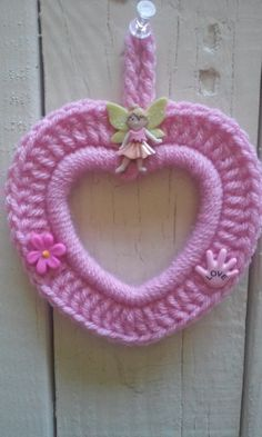 Hey, I found this really awesome Etsy listing at https://www.etsy.com/listing/242862695/crochet-photo-frame-heart-baby-frame
