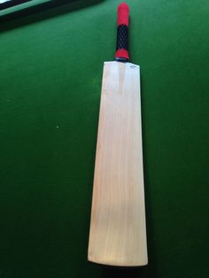 #Cricket bat -  players best 8 #grain  english willow #cricket bat  909,  View more on the LINK: 	http://www.zeppy.io/product/gb/2/162189085138/