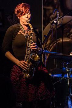 #De #Keller  Michelle Labonte #eine Vollblut SaxophonistinMichelle Labonte #eine Vollblut Saxop... Michelle Labonte #eine Vollblut SaxophonistinMichelle Labonte #eine Vollblut #Saxophonistin   #DE #KELLER #Mettlach #Kleiner #aber feiner #Live #Musik #Club #und #Kleinkunstbuehne #Wir #wollen #der ganzen Bandbreite #der #Kleinkunst #eine #Buehne #geben. #Von #Oktober #bis #Ende #April #jeden #Freitag #Abend #Konzerte #bei #freiem #Eintritt #der Hut #geht #rum.  Telefon: 06864 9