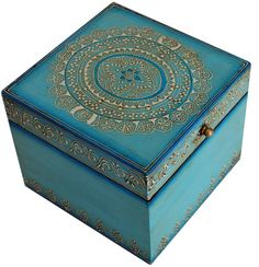 """Regal Creations - Handmade 6"""" Wooden Storage Box in Distress-look & Decorated with Cone Painting Art - Buy in Bulk Wholesale"""