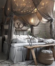 41 Glamorous Canopy Beds Ideas For Romantic Bedroom. Glamorous Canopy Beds Ideas For Romantic Bedroom 37 Ever since I was a child, I have adored canopy beds. Growing up, my parents had a great wrought iron […] Dream Rooms, Dream Bedroom, Home Decor Bedroom, White Bedroom, Pretty Bedroom, Bedroom Bed, Fantasy Bedroom, Dark Cozy Bedroom, Cozy Room