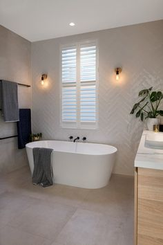 This page displays photographs of a bathroom renovation in a beachside home in Adelaide, South Australia Upstairs Bathrooms, Dream Bathrooms, Beautiful Bathrooms, Modern Bathrooms, Bathroom Styling, Bathroom Interior Design, Modern Bathroom Design, Bad Wand, Bathroom Renos