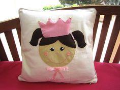 ♥♥♥ Para o quartinho das princesinhas... by sweetfelt  ideias em feltro, via Flickr