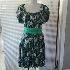 Leona Edmiston Dresses & Skirts - Flowing flower dress, wear with or without belt