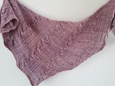 Finnja by Lisa Hannes, knitted by manumia | malabrigo Worsted in Pink Frost