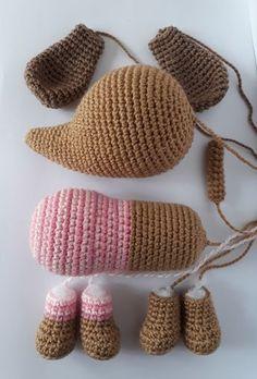 Crochet Dollies, Crochet Birds, Crochet Bear, Crochet Animals, Crochet Toys, Knitted Dolls, Crochet Amigurumi Free Patterns, Knitting Patterns, Patron Crochet