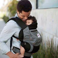 Waarom vaders graag baby's dragen | Babystuf