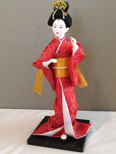 Vintage Japanese Geisha Girl Doll On Stand-Gofun Face Hand painted Glass Eyes