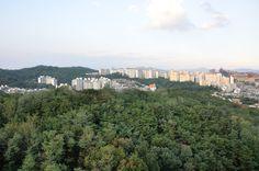 Northside view of Bugak Hall, KookMin University 북악관 북쪽 풍경, 국민대