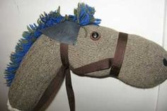"""Craft: """"stick"""" horse out of a sock and cardboard tube (paper towel, wrapping paper, etc) Cowboy Birthday Party, Cowgirl Party, 2nd Birthday, Birthday Ideas, Craft Stick Crafts, Crafts For Kids, Stick Horses, Cowboy Theme, Horse Party"""
