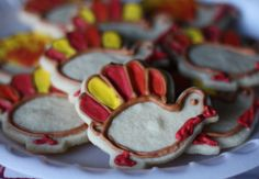 Turkey Shaped Sugar Cookies and other great Thanksgiving recipes!