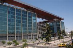 Centro de Justicia de Santiago. CRISTAL VIDPIA UTILIZADO: CRISTAL MONOLITICO:CRISTAL FLOAT 10MM INCOLORO TEMPLADO LAMI VIDPIA: LAMINADO 5+5MM INCOLORO CON PVB 0.38MM INCOLORO Año de ejecución: 2004-2006