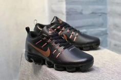 huge selection of 6333e f64ce Nike Air Max 2018 Leather Men shoes Black Gold olny  67 for free shipping