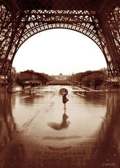 """""""The Other Face of Paris"""" 