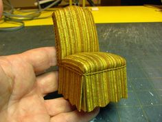 A great step by step how to make a parsons chair. Dollhouse Miniature Furniture - Tutorials | 1 inch minis