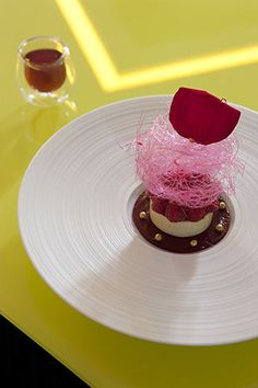 @ Patrick Henriroux's - La Pyramide Restaurant of a Grand Chef Relais & Châteaux and hotel in town. #henriroux #pyramide #relaischateaux #dessert #gourmet #gastronomy