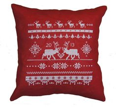***PLEASE NOTE: This is not a finished product. It is an INSTANT DOWNLOAD PATTERN for cross stitch/needlepoint***  The REINDEER have a lovely Scandinavian look and would look great anywhere in the home. Great as a pillow or wall art. Stitched on 14ct aida with cross stitch. Easy for beginners. Finished pillow: 40x40cm. SENDING / RECEIVING: Instant Download! The file / link will be sent to your Etsy email address. The link will be available to download just for 15days .So please...