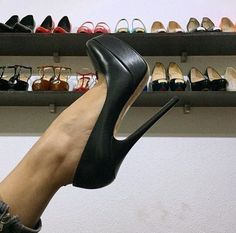 super cool shape to that heel.. #highheelsplatform #blackhighheelswedges #highheelbootsplatform #coolshoeshighheels