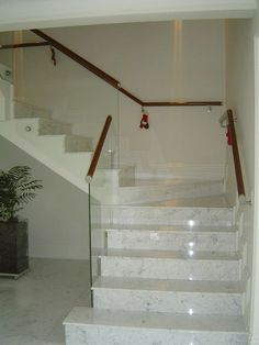 16 best ideas for internal stairs ideas modern Stairs Design, Staircase Railings, Stairs, Modern Small House Design, Tiled Staircase, House Front Design, House Stairs, Home Stairs Design, Interior Stair Railing