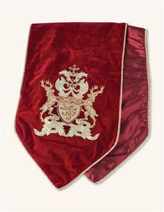 English Christmas Coat Of Arms Runner from Victorian Trading Co.