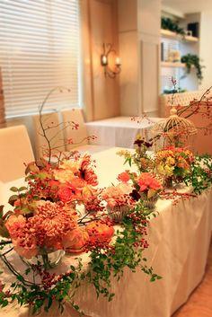 ハロウィンカラーの装花~メインテーブル
