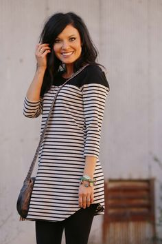 Really like this Tunic, Not too loose and not too tight. Perfect!