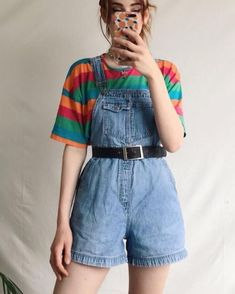 love this outfit🐆 Q – Looks – Grunge 80s Fashion, Korean Fashion, Fashion Outfits, Vintage Fashion 90s, Art Hoe Fashion, 90s Fashion Overalls, 80s Womens Fashion, Girl Fashion, Fashion Sets