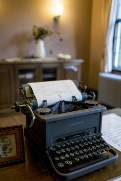 * (simile) These do take me back to my younger years. Oh, I could type as fast as a starved chicken could peck-- Thorin and the others wanted to smash the poor typewriter before long to get some peace and quiet.