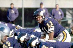 Nfl Vikings, Minnesota Vikings, Vintage Football, Sport Football, The Good Old Days, Helmets, Old School, Weird, Classic