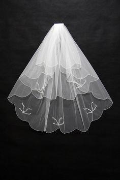 3 layers short Wedding veil with Beading
