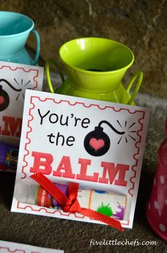 Free Printable Valentine's Day Cards and how to customize lip balm. Fun for the kids! #valentinesday