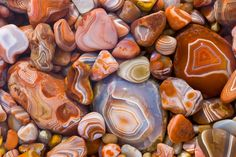 Agate hunting, a favorite Lake Superior past time.    Lake Superior Agates