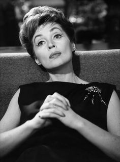 Lilli Palmer Lilli Palmer, Star Wars, Karen Gillan, Famous Women, Vintage Hollywood, Memories, Actresses, Actors, Portrait