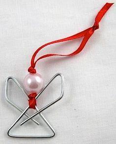 Llaveros navideños   Para esta navidad hasta nuestros  llaveros  lo tenemos que personalizar con esta fecha tan importante como es la navi...