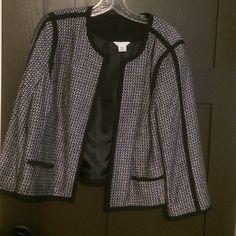 Liz Claiborne Blazer Size Large great condition Liz Claiborne Blazer Size Large great condition Liz Claiborne Jackets & Coats Blazers