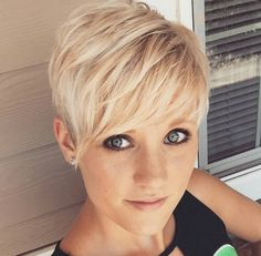 Chic-layered-pixie-haircut-for-girls Chic Short Haircuts: Popular Short Hairstyles for 2019 Longer Pixie Haircut, Short Pixie Haircuts, Pixie Hairstyles, Hairstyle Men, Hairstyles 2016, Hairstyle Ideas, Blonde Hairstyles, Wedge Hairstyles, Haircut Short