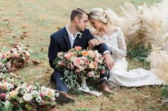 Is there any better way to kick off the weekend than with some beautiful floral inspiration? We think not, so we're sharing these images by Carography Studios from Vero Workshop to get things started off right. Ellie Alexandra and Lindsay Coletta Designs were tasked with event and floral design, bringing the romance full circle. From …