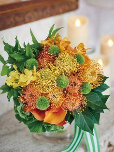 花嫁の思いを映し出すロマンティックなアレンジ♡ 花言葉に託すメッセージ・ブーケ | ウエディング | 25ans(ヴァンサンカン)オンライン
