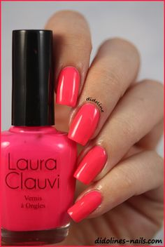 Laura Clauvi - Ultra Pink