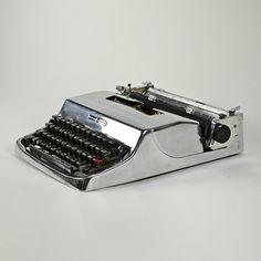 Polished aluminium Olivetti Lettera typewriter ,1960s, Marcello Nizzoli. by cindy